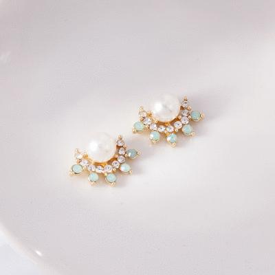 氣質珍珠綠色水鑽 無耳洞黏貼式耳環