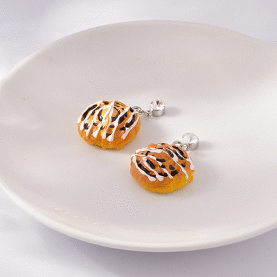 甜膩奶油麵包 無耳洞黏貼式耳環