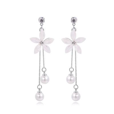 優雅氣質花瓣珍珠流蘇 耳針/黏式耳環