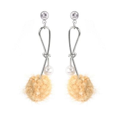 氣質珍珠鑲鑽毛球 黏式耳環