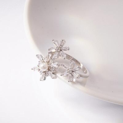 優雅珍珠雪花鑲鑽開口戒指