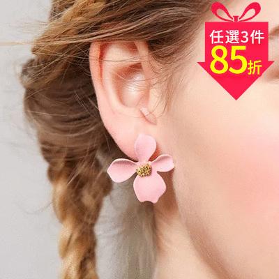 【專區3件★85折】粉嫩少女心優雅花瓣 黏式耳環
