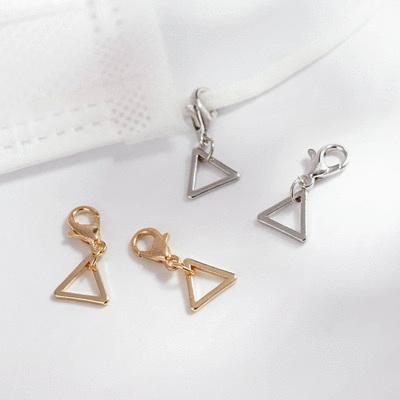 極簡幾何精緻三角口罩吊飾