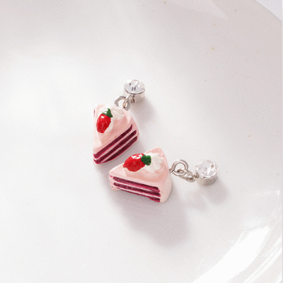 粉嫩草莓奶油蛋糕  無耳洞黏貼式耳環