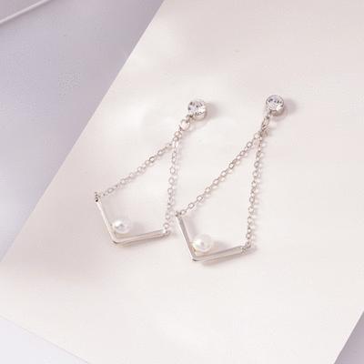 簡約V字珍珠鑲鑽 無耳洞黏貼式耳環