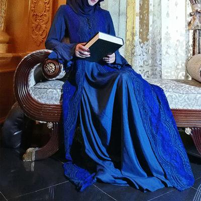 蕾絲寶藍喇叭袖長裙