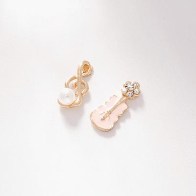 少女系珍珠音符小提琴不對稱 無耳洞黏貼式耳環