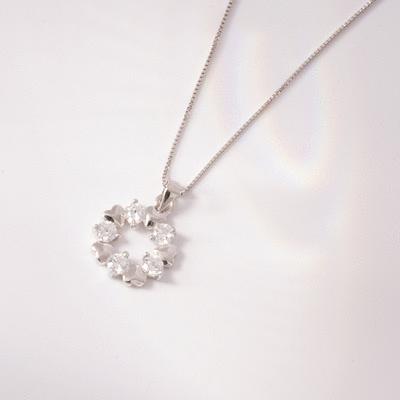 浪漫心形花環鑲鑽合金項鍊