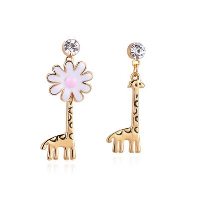 優雅花朵長頸鹿不對稱 耳針/黏式耳環