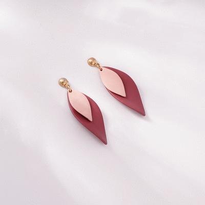 時尚個性雙⾊花瓣 耳針/無耳洞黏貼式耳環