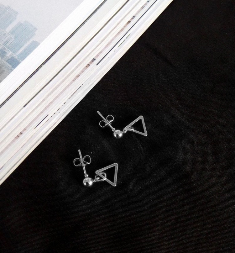 STK111SV-N 銀色-耳針款